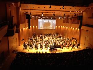 """Le tableau """"LÎle aux morts d'Arnold Böcklin projeté à la Salle de Concert de Västerås, 22 mars"""
